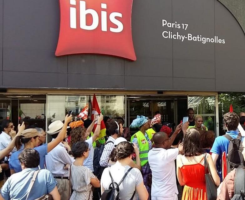 Les petites mains de l'hôtel Ibis Batignolles en grève
