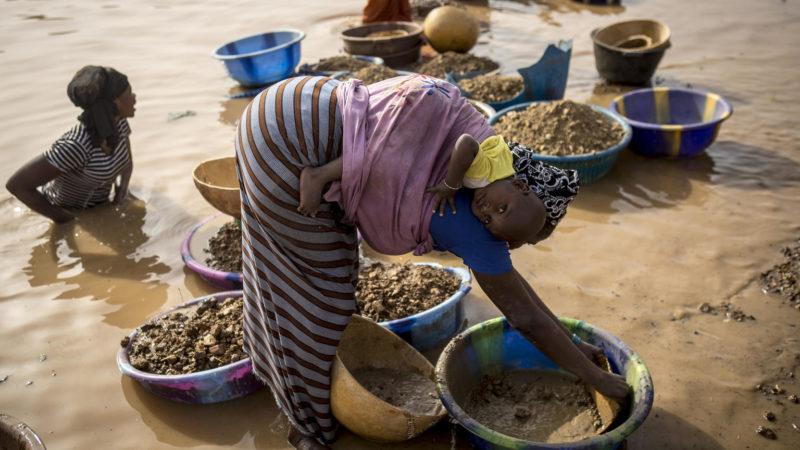 Afrique : quelle est la face cachée de l'extraction minière sur l'environnement et la population ?
