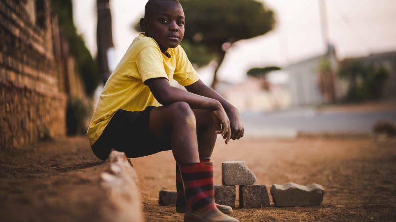 Le travail dans les plantations de cacao comporte également celui des enfants